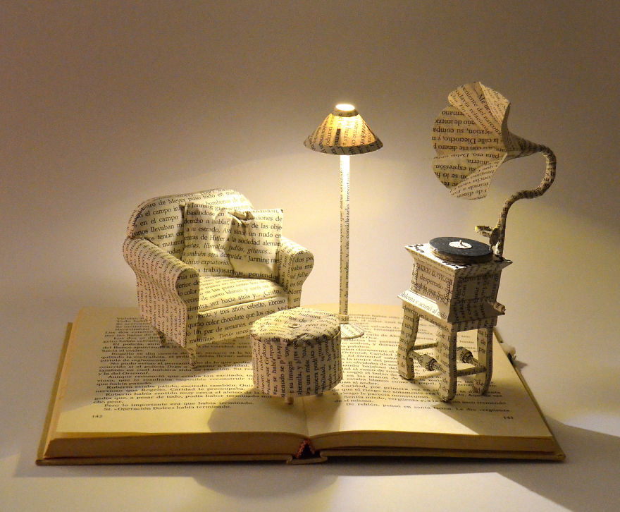 book-sculptures-are-my-passion-i-work-with-paper-to-create-elaborated-forms-57f365421d83f__880