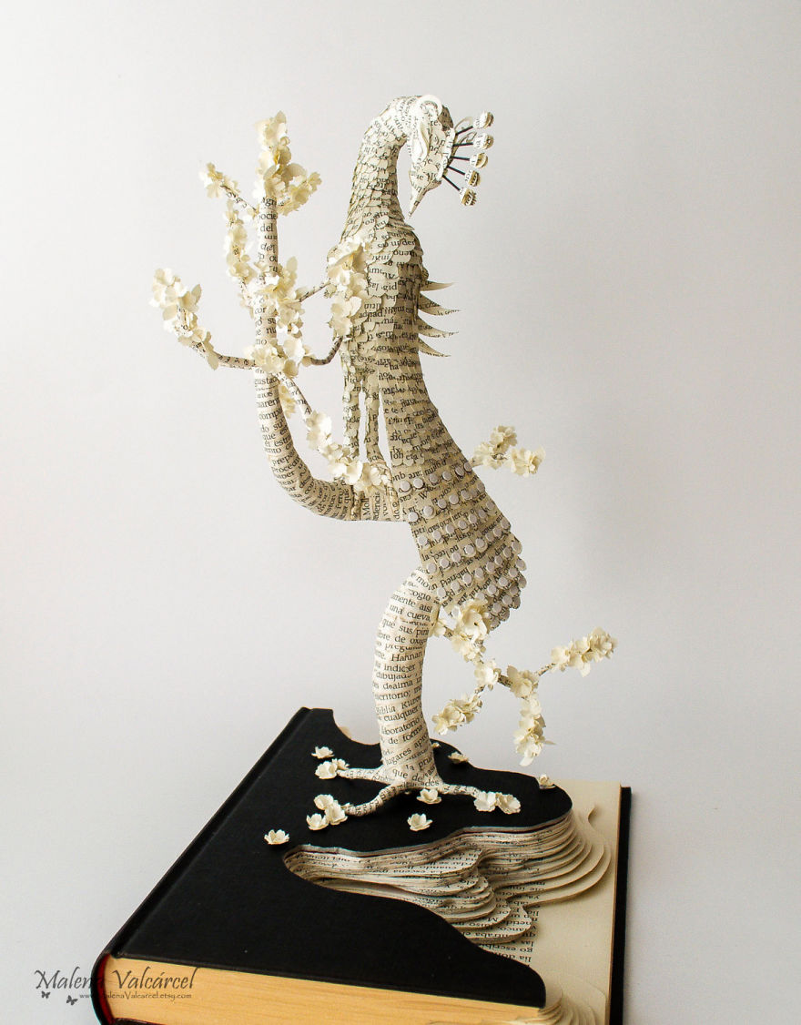 book-sculptures-are-my-passion-i-work-with-paper-to-create-elaborated-forms-57f3654d693e9__880