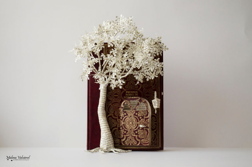 book-sculptures-are-my-passion-i-work-with-paper-to-create-elaborated-forms-57f36571b304f__880