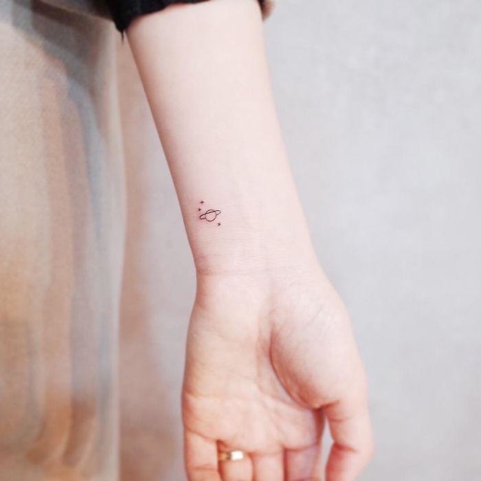 Zobacz Dyskretne Tatuaże Które Powstały Z Miłości Do Minimalizmu